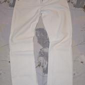 Белые джинсы Dorothy Perkins