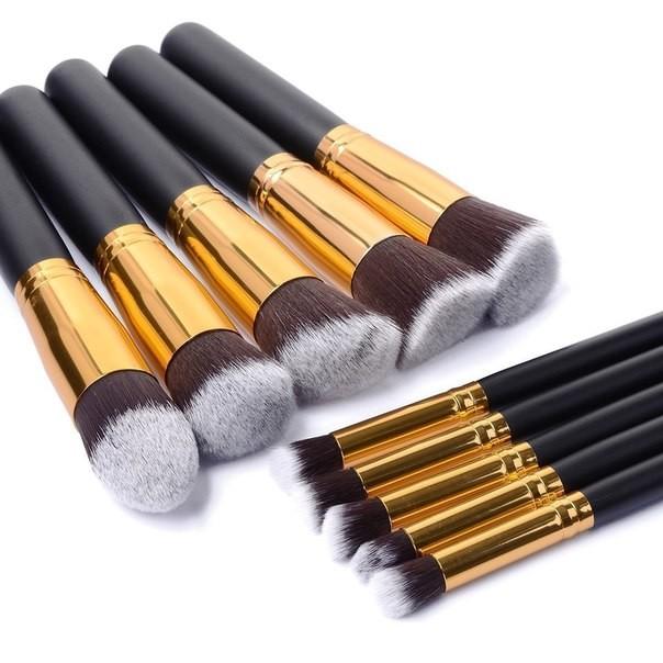 Кисти для макияжа color