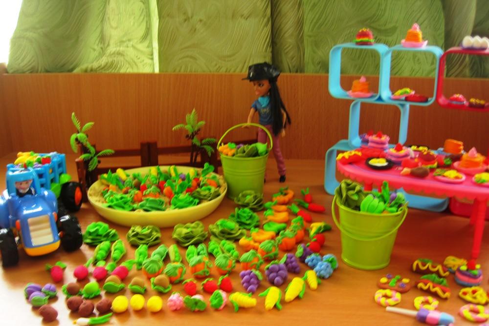 Мини овощи, фрукты и еда для игры в огород или для барби. набор из 20 шт. фото №1