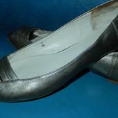 Красивые кожаные балетки с открытым носком UK7,наш 40(стелька 26 см,на ногу 25,5)