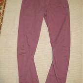Модные брюки сливового цвета с анатомическим кроем штанин Burton. 34 L