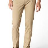 Levis новые бежевые джинсы W27 L34