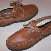 шкіряні туфлі-топсайдери  Cherokee 42р