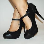Кожаные туфли Marks&Spencer , размер 36,5 по стельке 22,5 см