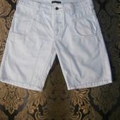 Белоснежные брендовые шорты очень суперовые 48 р.