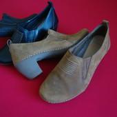 Туфли Clarks натуральная кожа 37 размер