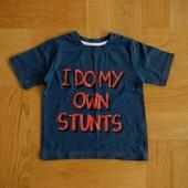 1-2 года Next  отличная фирменная футболка. Длина - 36 см, ширина 28 см. Без дефектов.