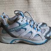 Фирменные трекинговые кроссовки Trezeta Waterproof Breathable.39 р Италия.