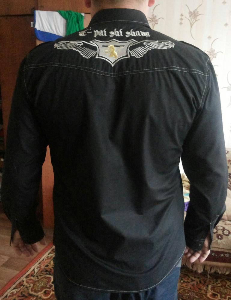 фирменная ,в идеальном состоянии легкая рубашка фото №1