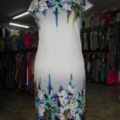 Красивое платье, интересное 56 разм.
