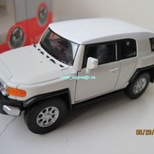Машинки металл Toyota fj cruiser 1:34 (11 см)