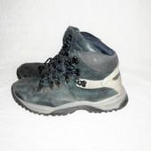Фирменные деми ботинки р. 40 стелька 26,5 см. мембрама TenTex