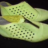 стильные  ботиночки    Италия   размер  37  -  24  см
