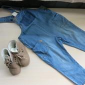 Моднявый джинсовый комбинезон  Zara