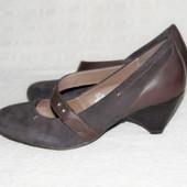 Туфли M&S р. 38 1/2 стелька 24,5 см.