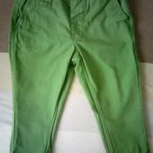 Очень яркие, стильные плотные штанишки на плотного мальчика на 80-86 см