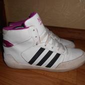 Демисезонные кроссовки,ботинки Adidas Neo 38разм.24,5см.Кожа.Оригинал.