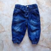 Летние джинсы на девочку фирмы Early Days на возраст 3-6 мес (реально до 9 мес)
