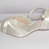 (37) Атласные свадебные туфельки H&M!