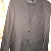 S-М /44-46 Patrick Figaro Черный костюм 70% шерсть 176-180 см