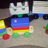 Деревянный поезд кубики
