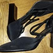 Интересные туфли Италия  отличное состояние