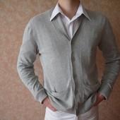 Новая кофта  свитер фирмы Burton