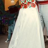 Вишите весільне плаття