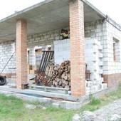 Дом с участком в с. Петропавловская Борщаговка