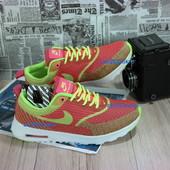 Яркие и стильные женские кроссовки Nike Air Max Thea