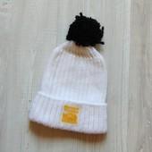 Белоснежная шапка для девочки или мамы. Atlantis. Размер one size, идет на 12-14 лет