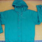 Теплая фирменная курточка-пуховик для мужчины,размер М-ХL.
