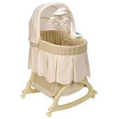 Постільна білизна в колиску для новонароджених