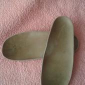 Кожаная ортопедическая стелька-16.5 см(состояние отличное)