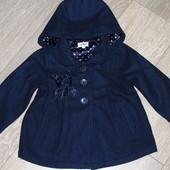 красивое пальто на 2-3 года (98см).55% шерсти. Новое.