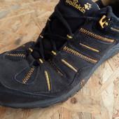 Фирменные кроссовки Jack Wolfskin размер -42-43-длина стельки 27 см