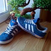 Кроссовки нат.замш Adidas 39-40р.(25,5 см стелька)