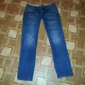 Superdry -фирменные джинсы. р. W29 L32.!!!