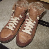фирменные ботинки Skechers 39р