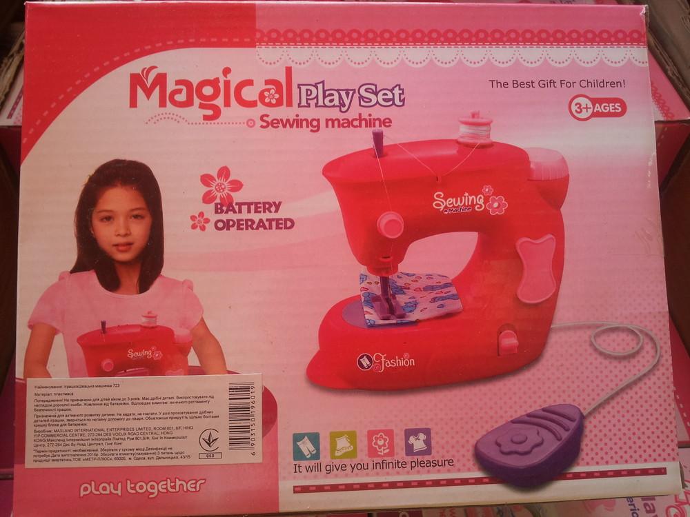 Детская швейная машинка фото №1