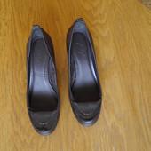 Туфлі з замінника р.6/38 ст.25  см Footglove