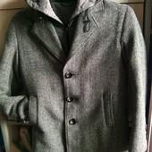 Стильное теплое пальто на мальчика 38 размер 146