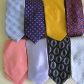 галстуки шелковые брендовые.