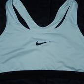 Nike спортивный топ L идеальное состояние