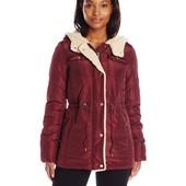 Зимняя женская куртка Levi´s размер с