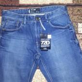 Новые фирменные мужские джинсы-узкачи 46 или 32 р-ра