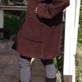 Итальянское шерстяное пальто бойфренд с меховым воротником.