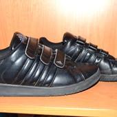 """Кроссовки """"adidas"""" р.40"""