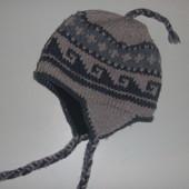 Теплющая шапка на 6-8 лет