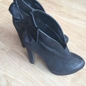 Продам ботинки Plato. Состояние новых.